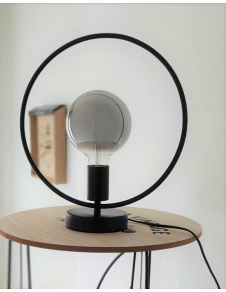 Lampe Design Géométrie métal coloris noir